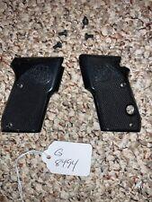 Beretta Tomcat 3032 Pistol Grips G 8494