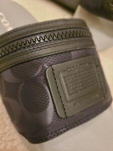 New $199 Coach Men's Limited Edition Slides Zipper Case - Black - 9 D
