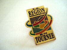 PINS LA REGION EN TOURNEE PROVENCE ALPES COTE D'AZUR FRANCE