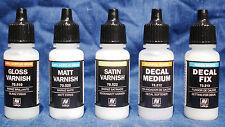 Vallejo barniz Pack, + Calcomanía Mediano Y Calcomanía Fix-botellas De 5x17ml.