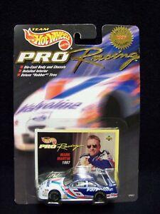 Hot Wheels Pro Racing 1997 Mark Martin Valvoline Nascar.