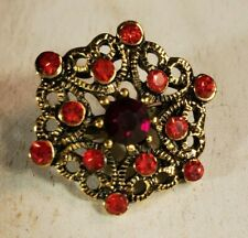 "Pin Heart 3/4"" Small Gold Tone Ruby red color Glass Rhinestone Brooch"