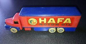 "Camion tracteur Unic ""Huile HAFA"" JRD Réf 126"