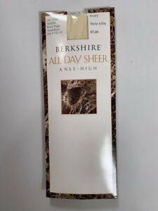 Womens Berkshire All Day Sheer Knee Length Ivory Leggings Size 8.5/11 NEW 6 PAIR