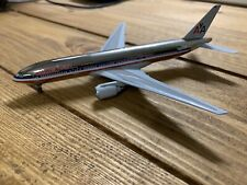 Dragon Wings 1/400 Scale Boeing B777-200 - American Airlines