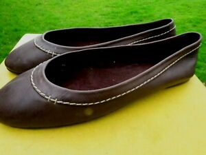 BODEN -BROWN FLAT LEATHER PUMPS - SZ 42/8