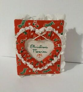 SMALL Vintage Christmas Memories picture photo album / Red with white