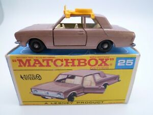VINTAGE MATCHBOX LESNEY No.25d FORD CORTINA MKII & ROOFRACK IN ORIGINAL BOX 1968