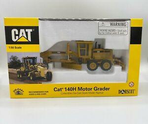 Norscot 55030 CAT 140H Motor Grader 1:50 Scale Model