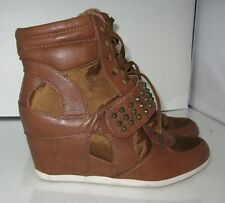 """new ladies TAN spike 3"""" high wedge heel round toe ankle boot  size   9.5"""