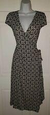 Bcbg max azria Black Ivory Geometric patterned Stretch tie Wrap Dress. L