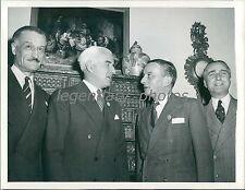 1945 World War II Chat Around Stettinius' Fireside Original News Service Photo