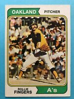 1974 Topps Baseball Card #212 Rollie Fingers Oakland Athletics HOF