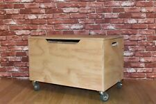 High Quality Childrens Wood Toy Box Storage Chest Organizer on wheels
