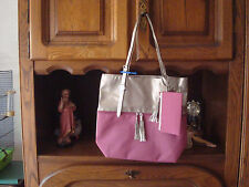 LOT : SAC BICOLORE A POMPONS +POCHETTE COORDONNEE+MONTRE IRISEE ASSORTIE- NEUF-