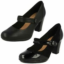 Clarks Patternless Leather Court Heels for Women