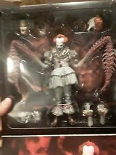 NECA IT PENNYWISE THE DANCING CLOWN BOX SET FIGURE