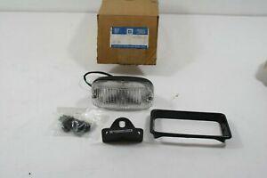 NOS GM OEM PARKING LAMP KIT ASSEMBLY  12544111 Chevrolet Astro 1993-1994