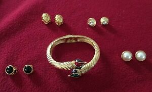 Joan Rivers Gold-toned Bracelet with interchangeable end caps