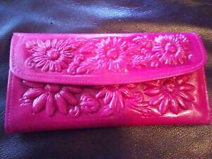 Mexican hand tooled 100% leather trifold wallet/clutch, hot pink with margaritas