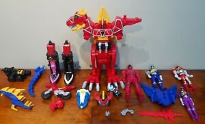 Power Rangers Deluxe Dino Charge T-Rex Megazord IN Complete with extras and Figs