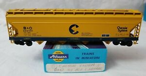 ATHEARN HO 55' 4-BAY COVERED HOPPER CHESSIE B&O 606581 - RTR w/KD's and BOX