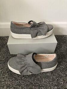 Women's Topshop Grey Pumps Flats Shoes Size UK 6 (39)