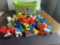 LEGO Duplo Large Brick Box - Green Plate Version (5380) Has Most Peices