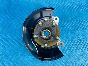 Toyota Prius Front Passenger Spindle Knuckle w/ Hub 2010-2015 OEM