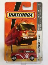 Matchbox Austin Mini Van City Action Red Scale 1:64 New