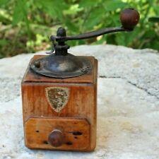 ancien petit moulin a poivre Peugeot