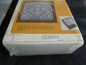 #1957 ANTIQUE LACE KIT The Creative Circle 1985 wood box thread instructions new