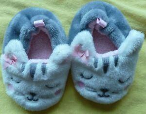 SGFootwear Baby Kittens Warm Winter Slippers Shoes Soft Sole US Size 3