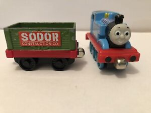 Take-along N Play Thomas the Tank Engine Train Sodor construction car SET