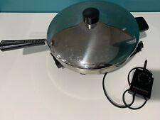 """Vintage Farberware 12"""" B3000 Electric Skillet Fry Pan With Lid"""