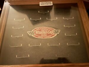 New THE VICTORY LAP 14 CAR SET NASCAR WINSTON CUP SERIES DISPLAY CASE 1971-2003