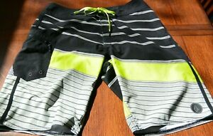 Volcom Mod Tech sz 30 board shorts swim trunks black gray green EUC