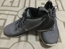 Nike Air Versitile Shoes Size 10.5