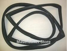 MASERATI MISTRAL COUPE FRONT WINDSHIELD WINDSCREEN RUBBER GASKET