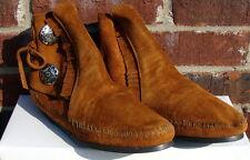 Minnetonka Women's Two Button Boot - Hardsole Brown Suede - 10