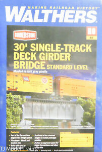 Walthers #933-4505 (30' Single Track Deck Girder Bridge) Standard Level (HO)