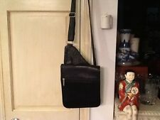 Le Donne Leather Snap Flap Black Cross-Body Messenger Bag Made in Columbia