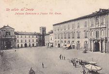 8303) UN SALUTO DA IMOLA PALAZO COMUNALE E PIAZZA V. EMANUELE CON BANCARELLE.