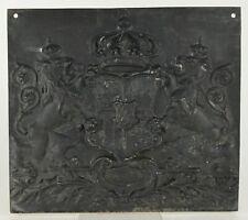 Plaque de fond de cheminée à décor armoire 19ème