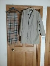 Men's Driway Exchequer  County Classics Mac  Trench Coat Jacket 44R Scarf