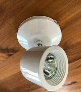 LED or Halogen Spot Light MR16 WAC Lighting ME-808 White