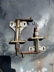1957 1958 1959 CHRYSLER DODGE PLYMOUTH DESOTO WIPER PIVOT BOTH SIDES MOPAR 57 58