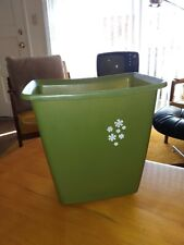 Vintage Rubbermaid Avocado Green Waste Paper Trash Can White Daisies 10