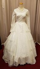 vintage lace bridal gown wedding Formal 26-inch waist