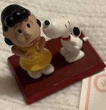 "The Danbury Mint Peanuts Figurine ""Snoopy's Kiss� dated 1994 W/Certificate, Euc"